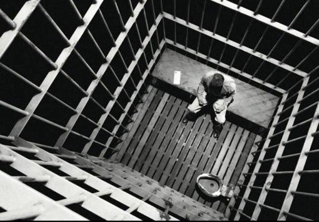 Nell'abisso della galera