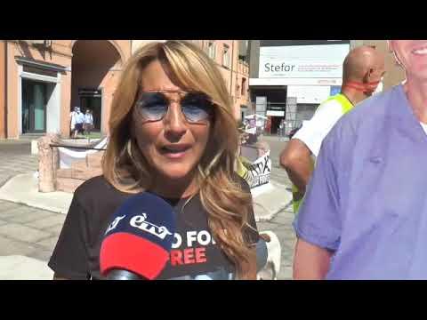 ÈTV – Jo Squillo e Francesca Carollo – Sit in a Bologna per Chico 12/09/2020