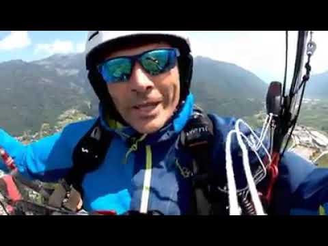 Parapendio – Andrea Segatta vola con Chico