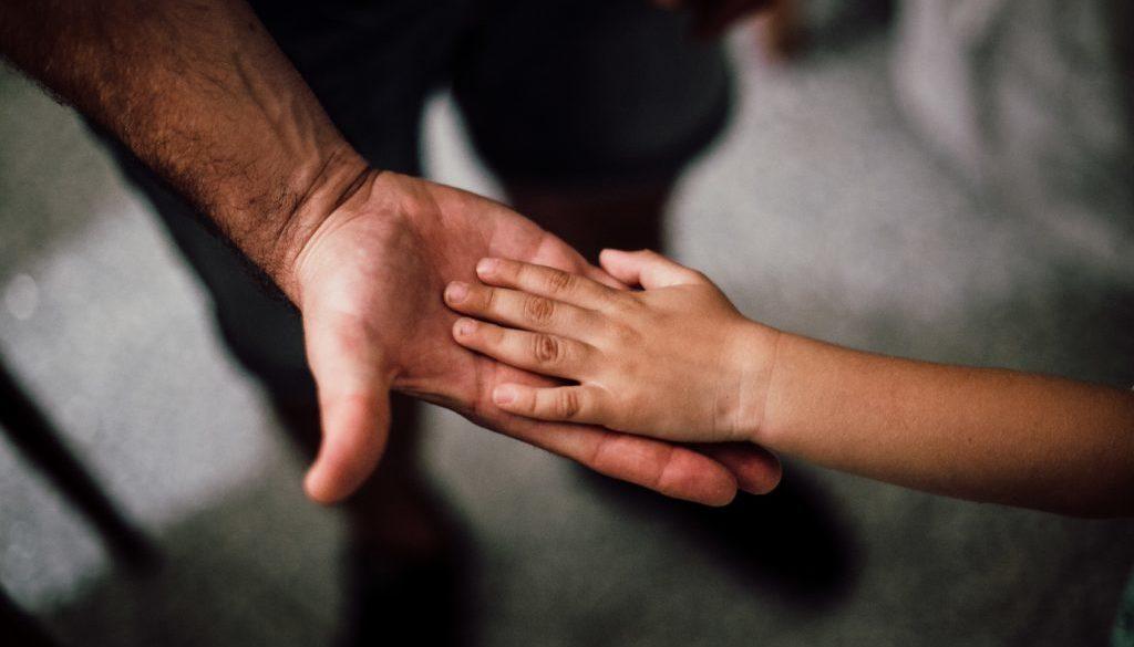 """""""L'amore, in qualsiasi forma, ci soddisfa"""" – una Chico-lettera inusuale per la festa del papà"""